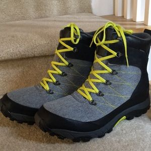 North Face Chilkat LE Boots